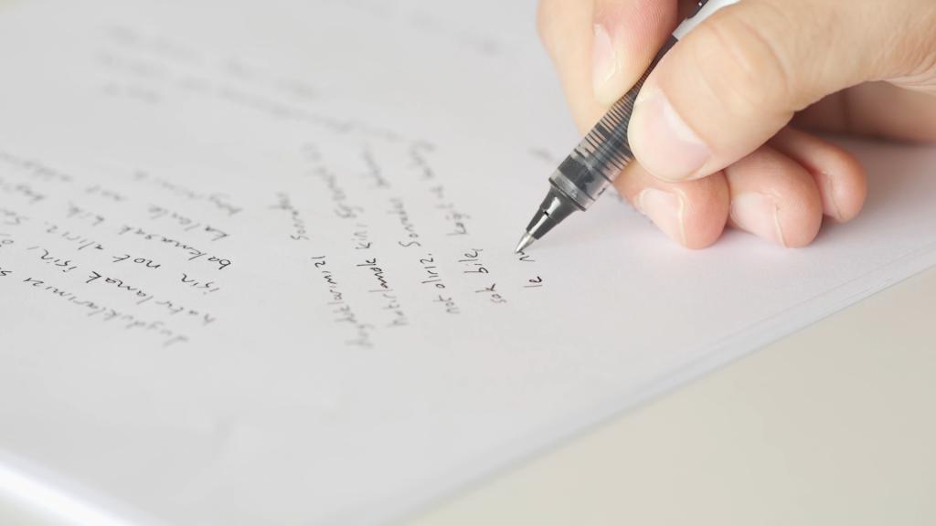 Kalemle not alırken, yazarken aslında o an öğrendiğimizi kendimize öğretmeye başlıyoruz.