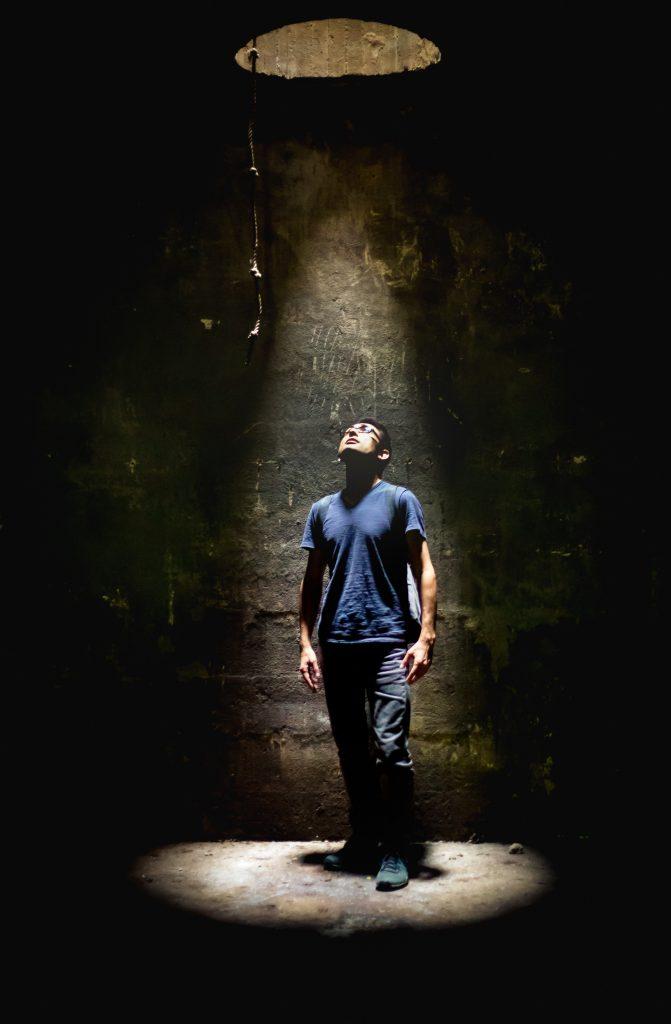 Barış Özcan - Plato'nun Mağarası